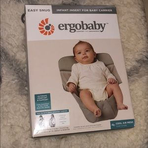 NIB Ergobaby Infant Insert for Baby Carrier